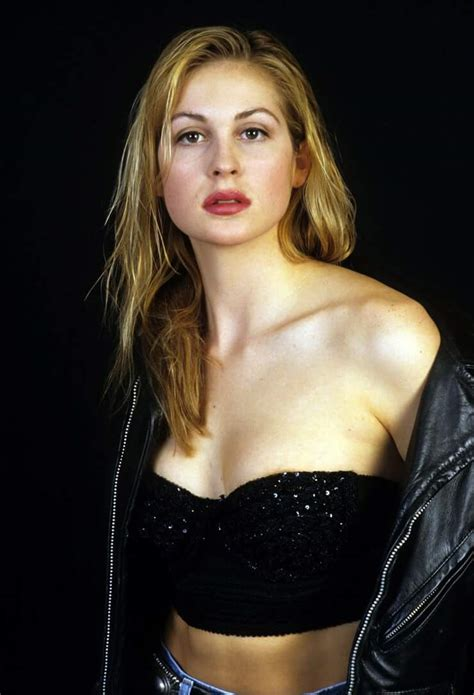 The Hottest Kelly Rutherford Photos Around The Net - 12thBlog