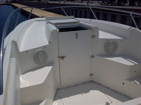 2000 Fountain 31 Center Console Cuddy, Every Option! - The