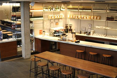 Manhattan: Flora Coffee Builds A Warm Cafe In A Midcentury